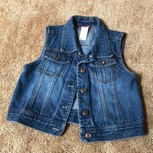 Kid's jean jacket sleeveless